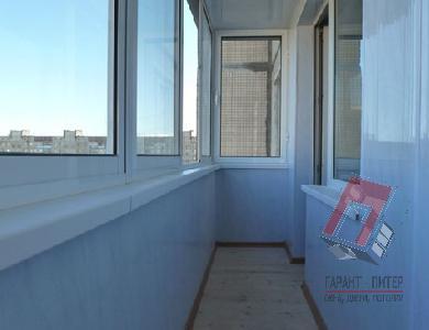 Внутренняя отделка балкона панелями ПВХ в Санкт-Петербурге