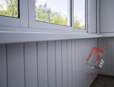 Внутренняя отделка балкона сайдингом