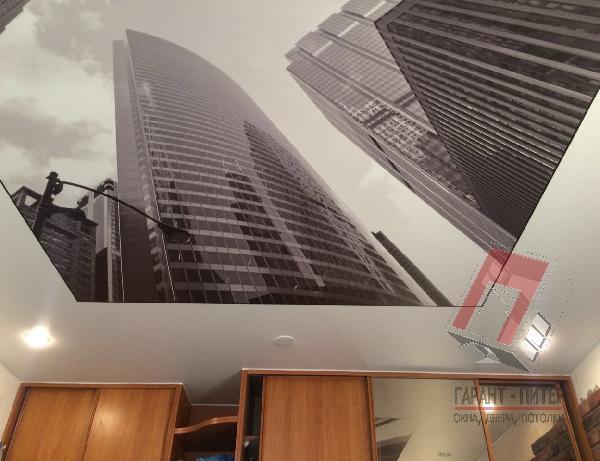 Потолок с фотопечатью Высотки